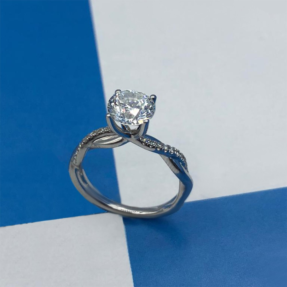 18k White Gold Engagement Ring with Solitaire 1.00ct Round Cut Diamond
