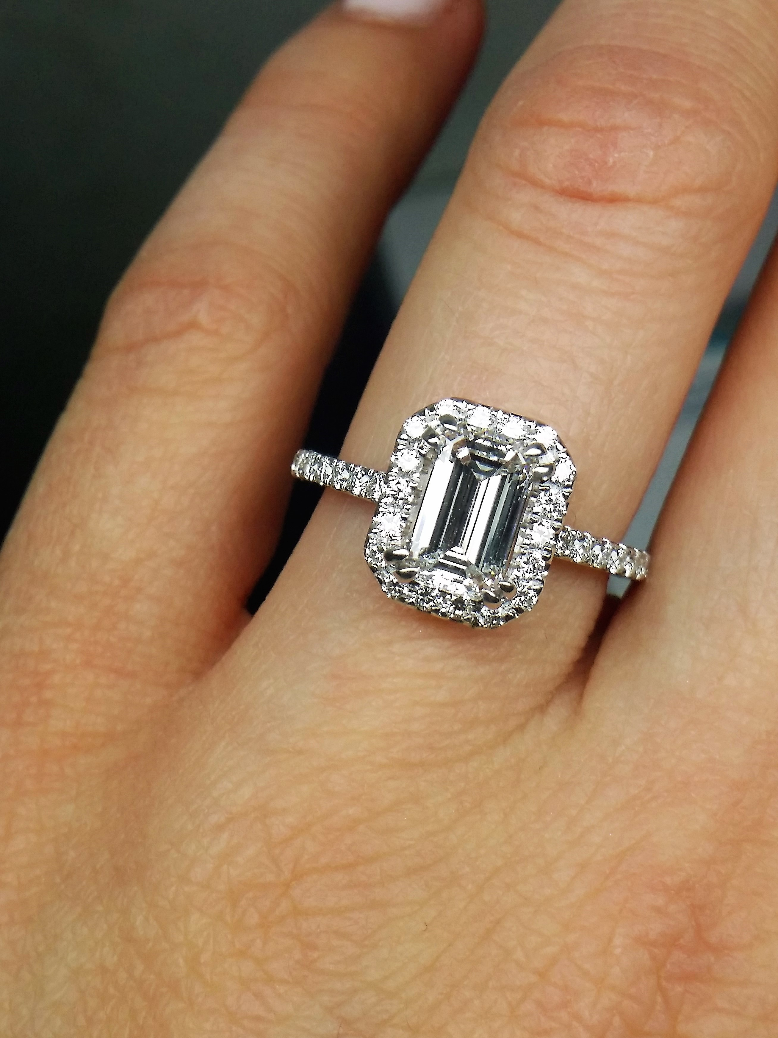Outstanding Handcrafted GIA 1.82ct Preowned Diamond Engagement Ring
