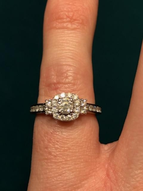 .5ctw 14kt white gold halo engagement ring