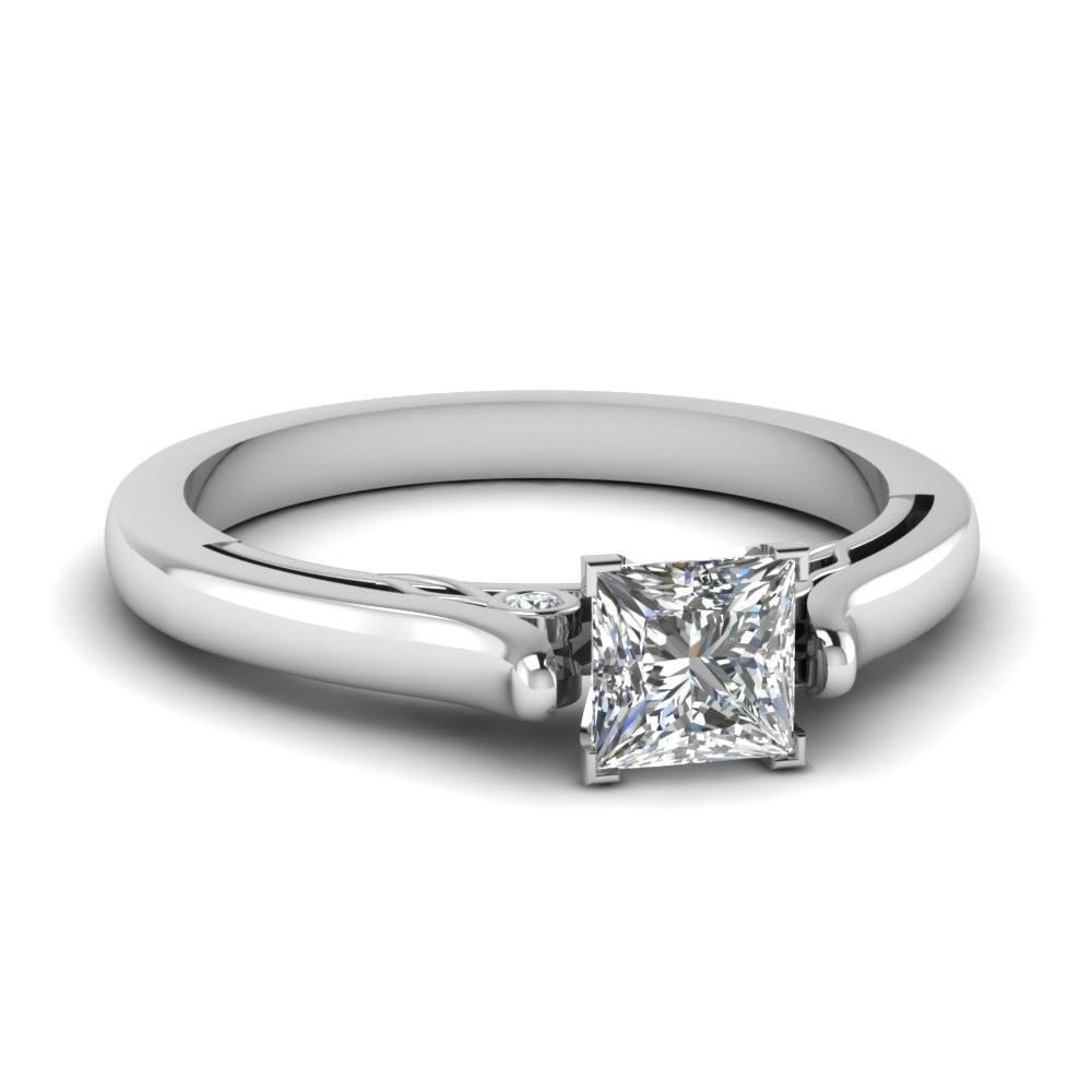 0.75 Carat Princess Cut Diamond Ring in 14k White Gold
