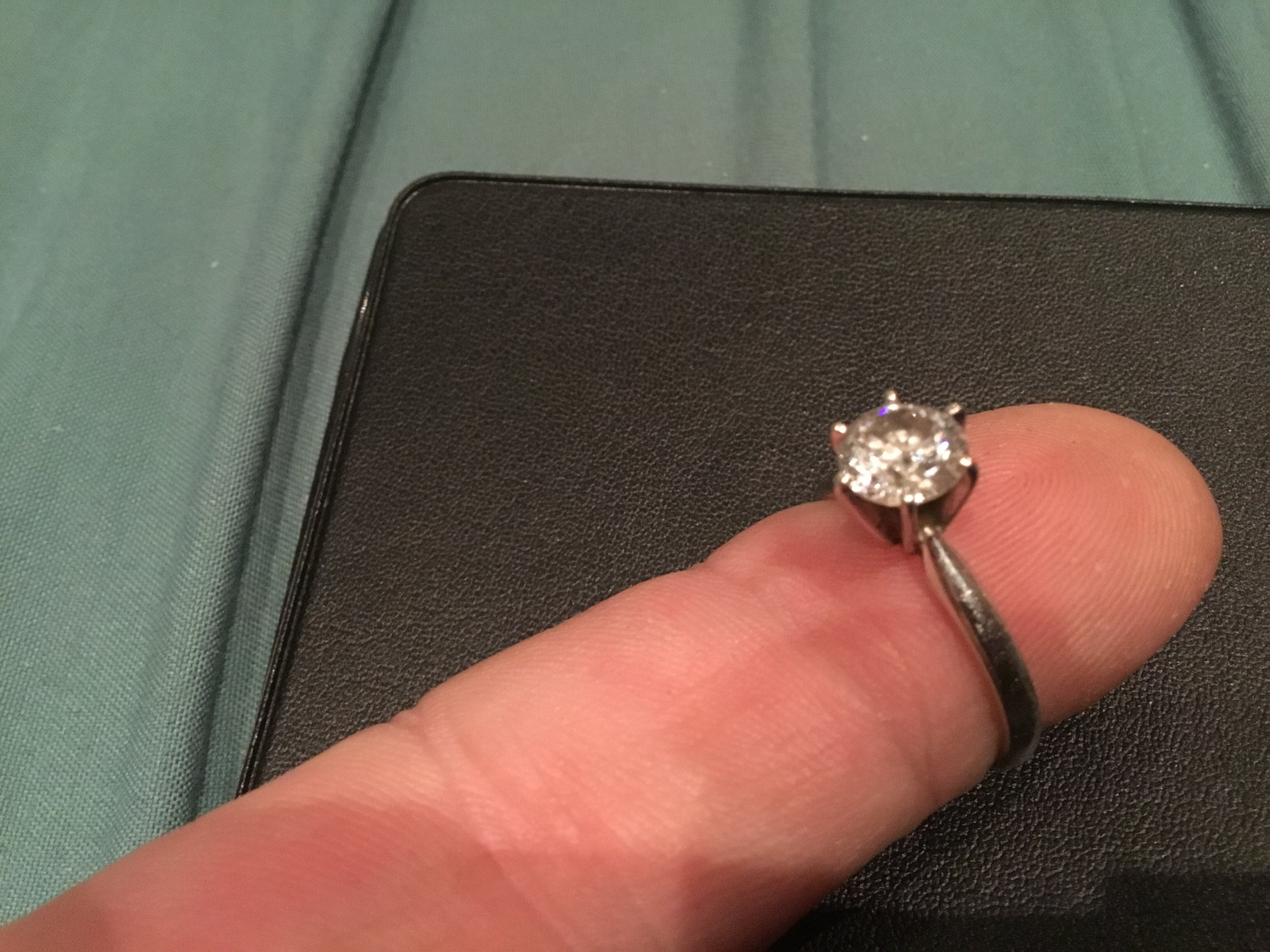 1.0 carat diamond engagement ring 14K white gold certificate included