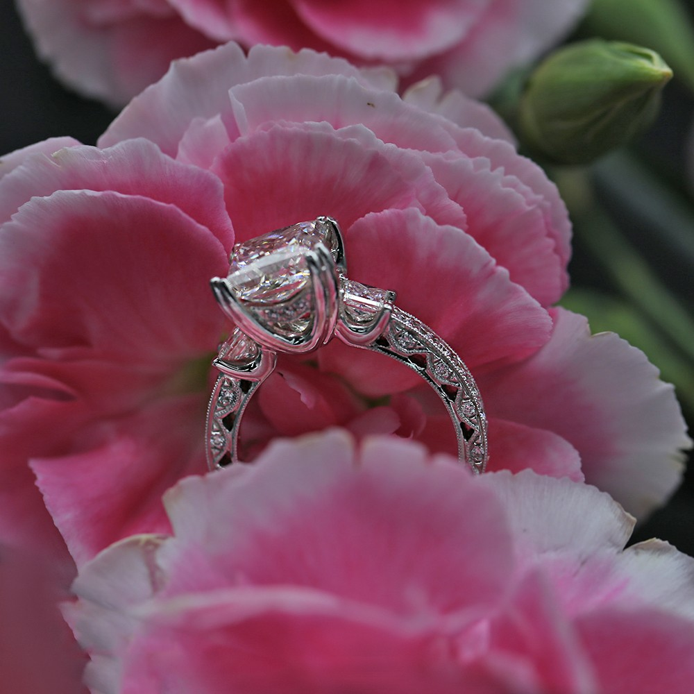 Engagement Ring With Center Diamond 3.14ct Princess Cut