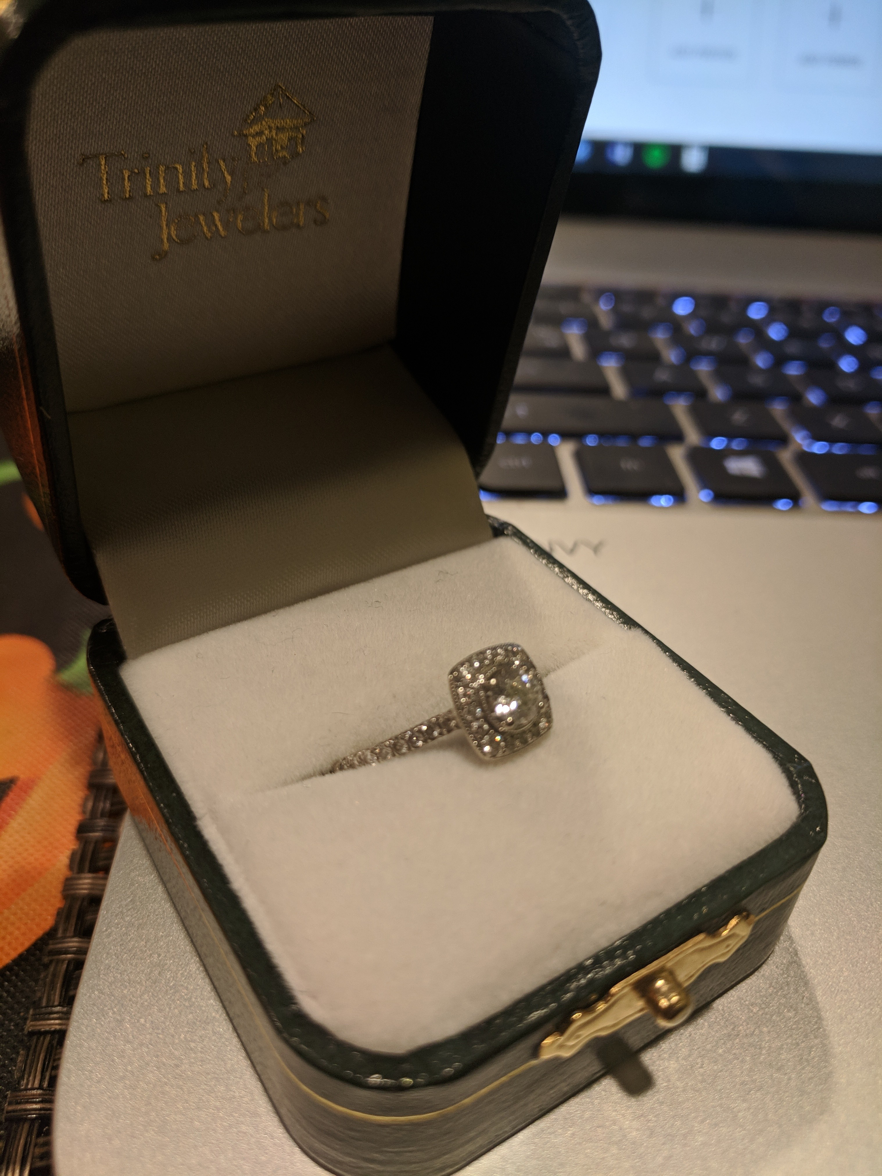One Lady's 14KT White Gold Diamond Engagement Ring
