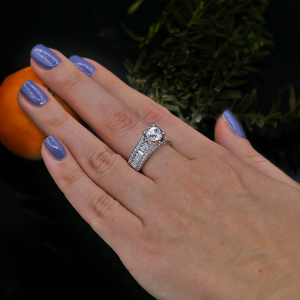 Engagement ring with 3.53 ct of Total Diamond Weight! VIDEO
