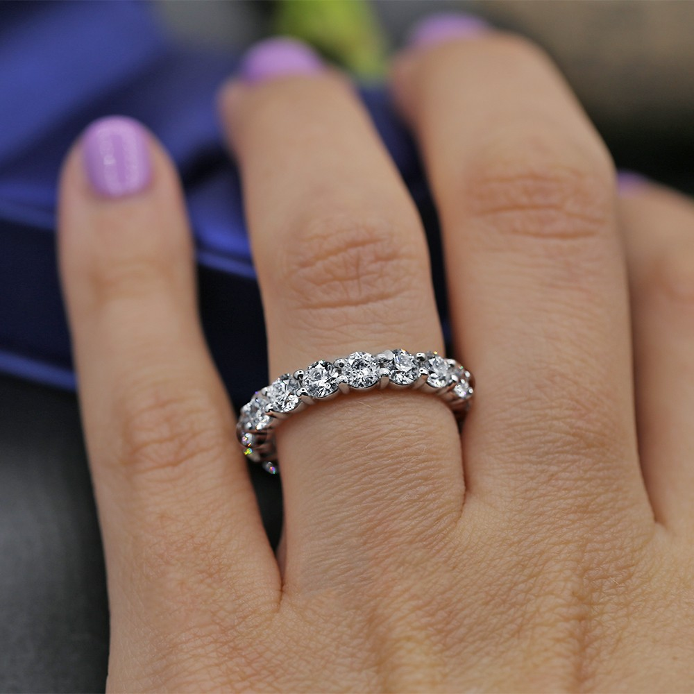 Diamond Eternity Band features 3.20ct of Round Diamonds