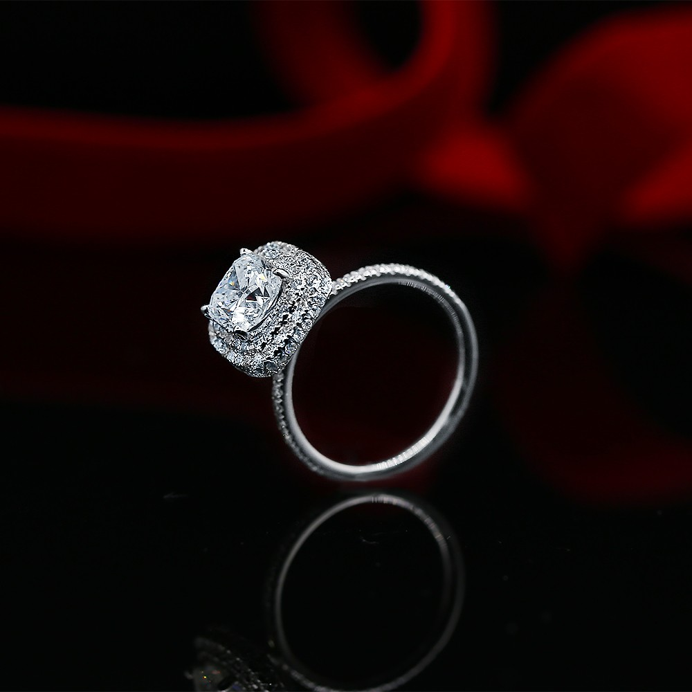 Certified 14k White Gold Engagement ring with Center 1.66ct CushionCut