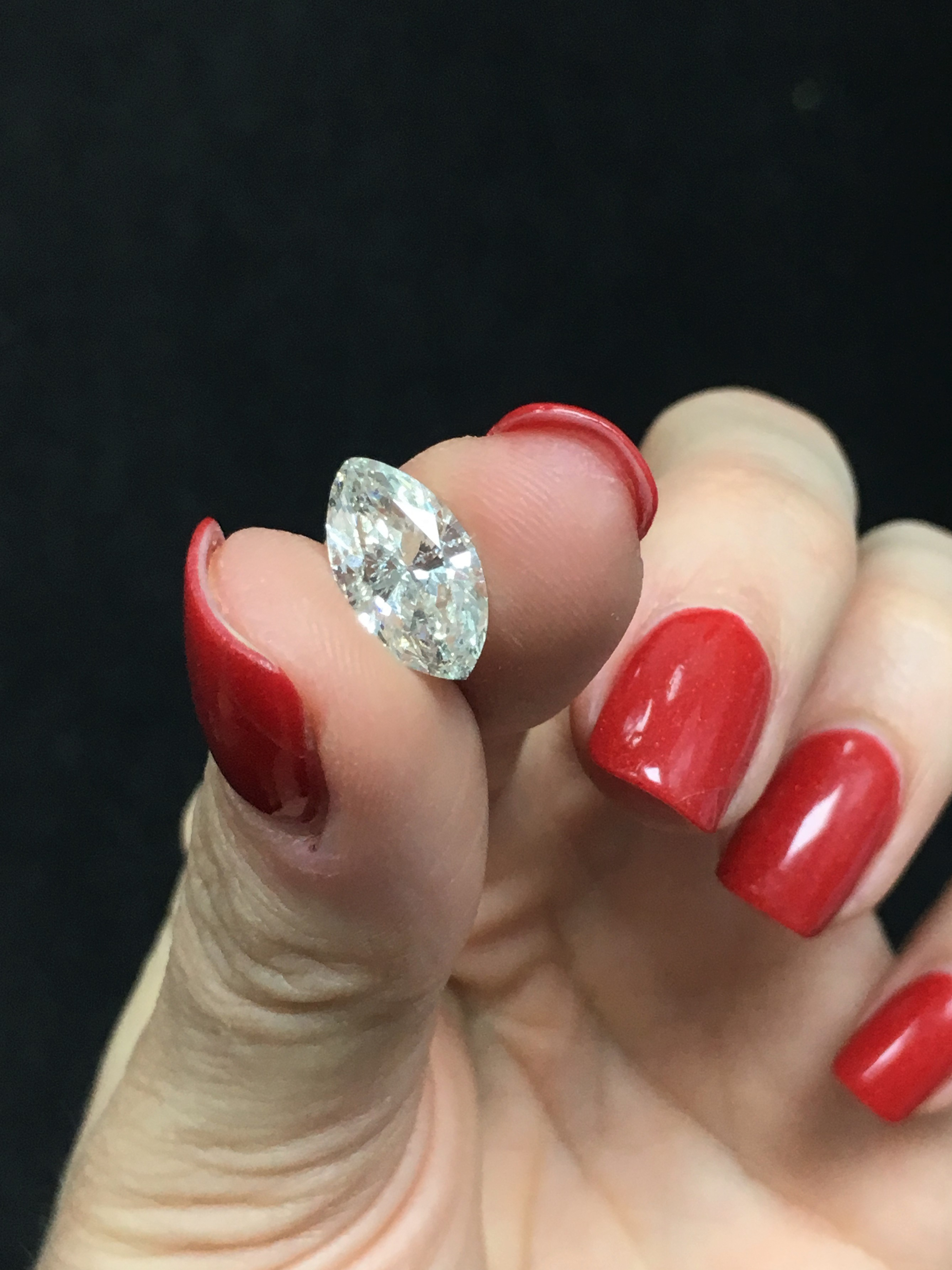 Dazzling 2.89 cts marquise shape loose diamond