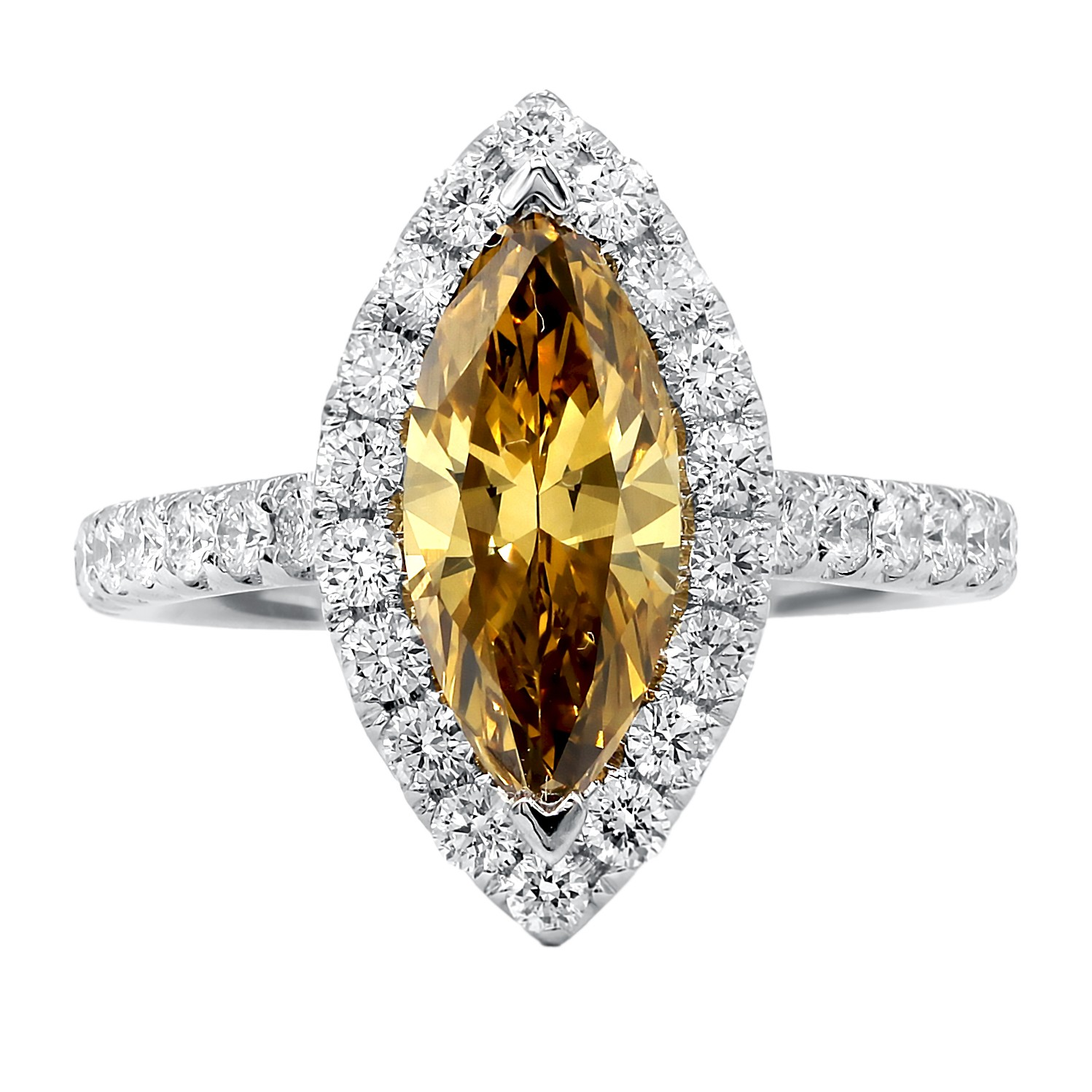 Exquisite Fancy Yellow-Brown Diamond enagement ring