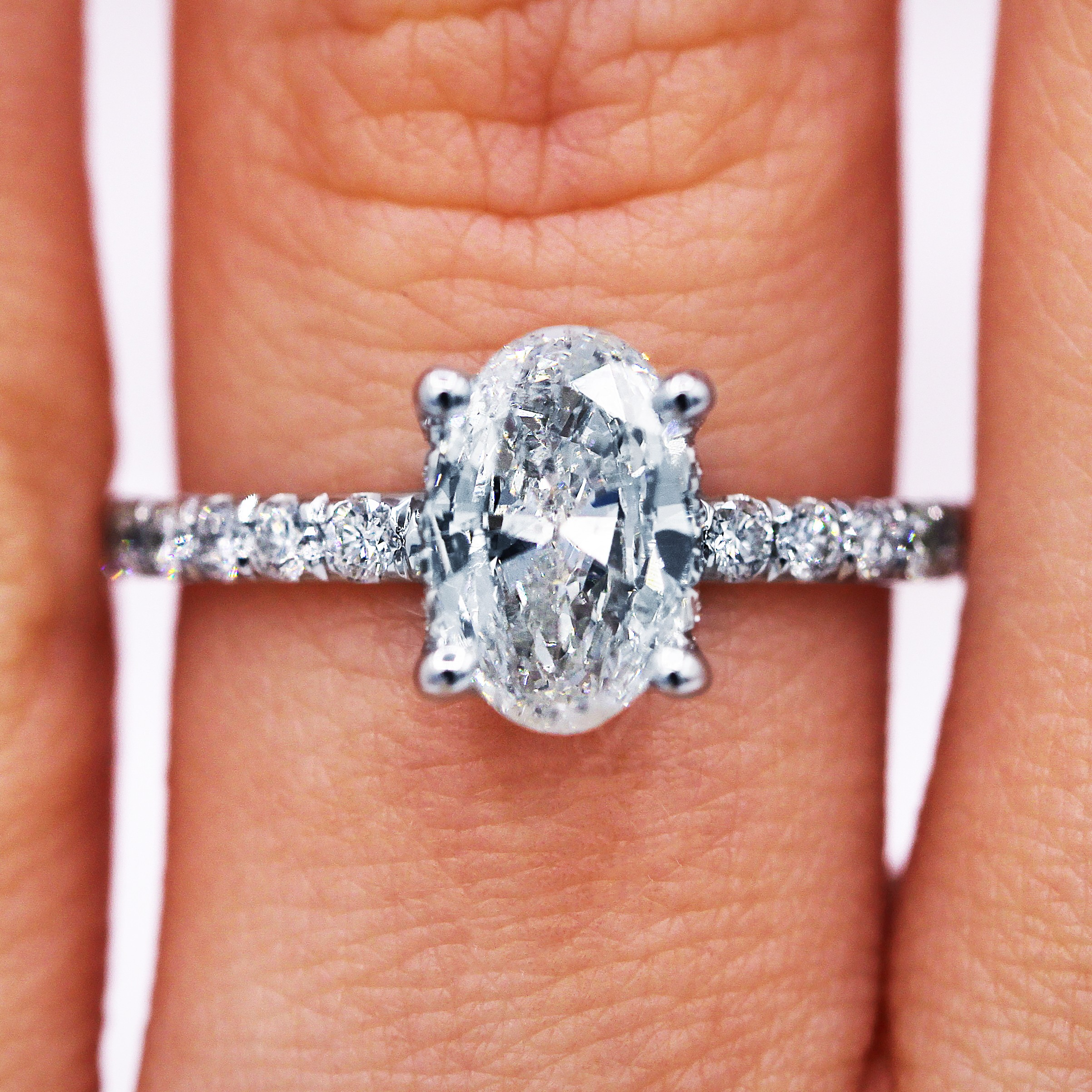 1.04 Ct Oval Shape Diamond Engagement Ring