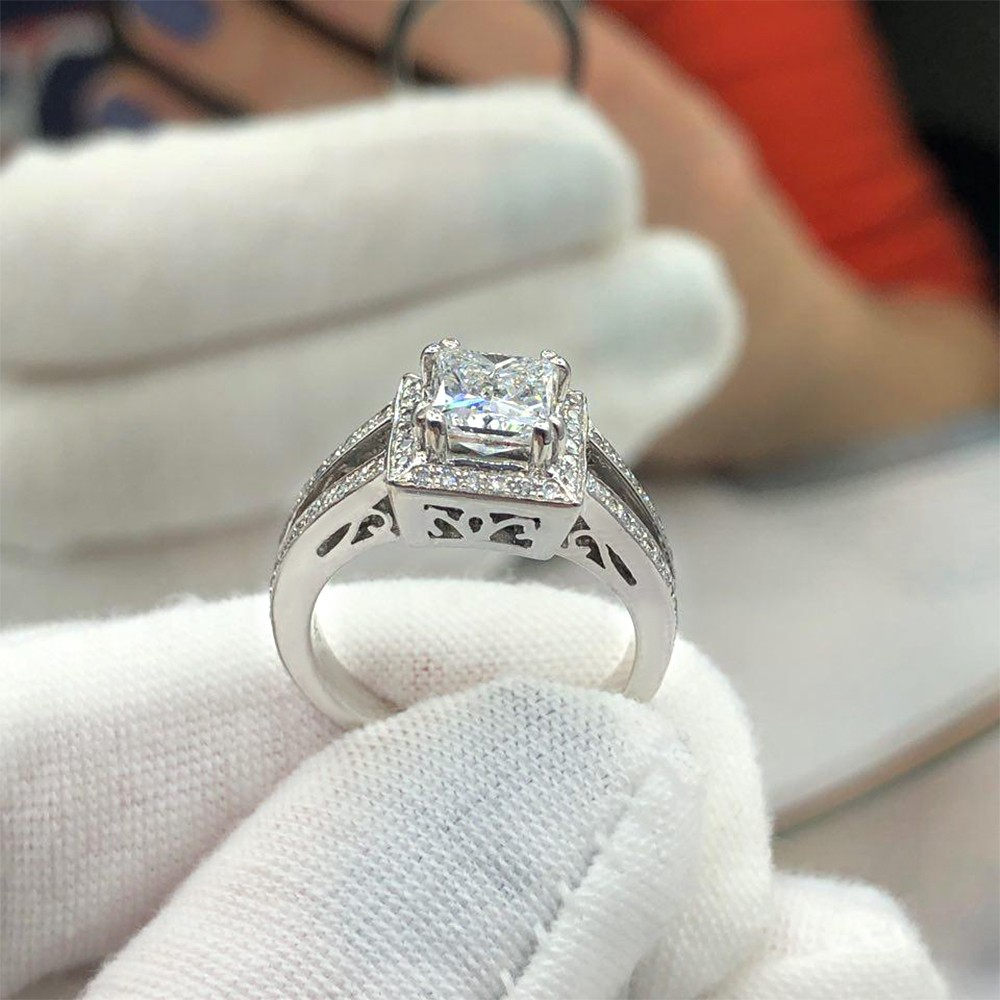 Engagement Ring with center 1.16ct Princess Cut Diamond VIDEO
