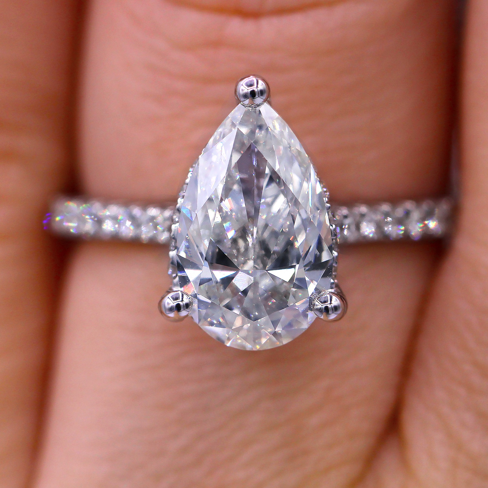 Elegant  2.00 carat pear cut diamond engagement ring