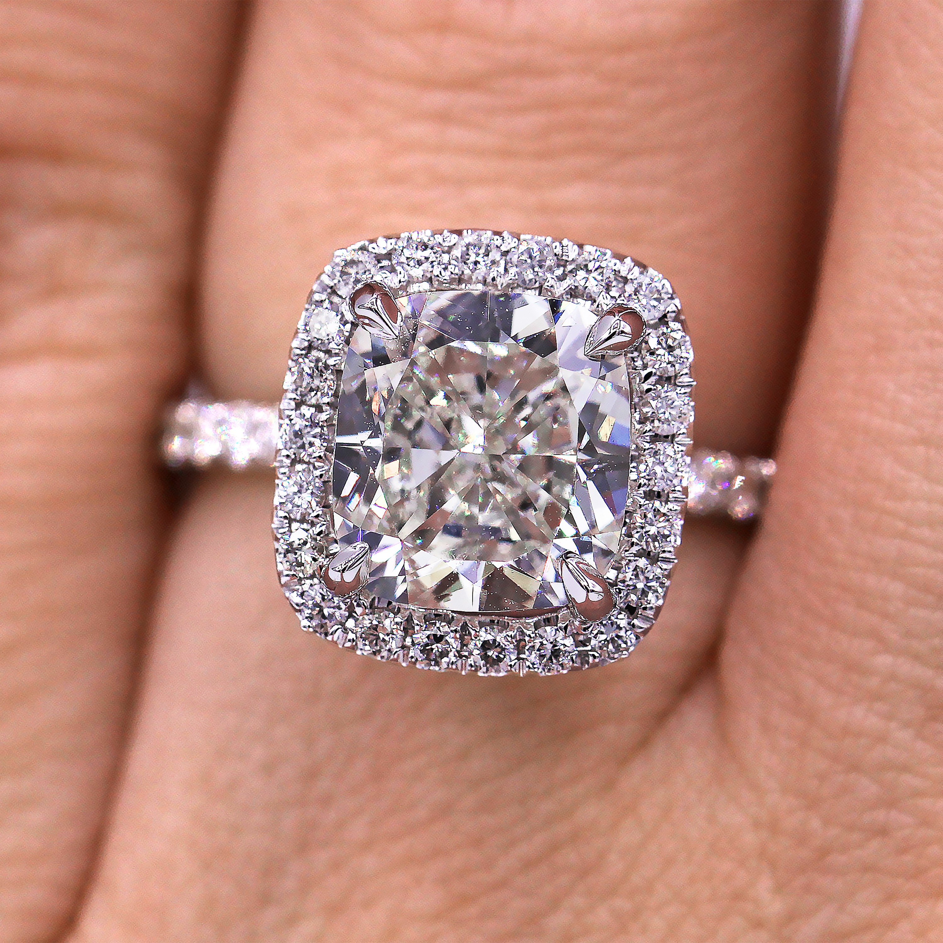 Elegant and certified  3.13carat halo diamond engagement ring