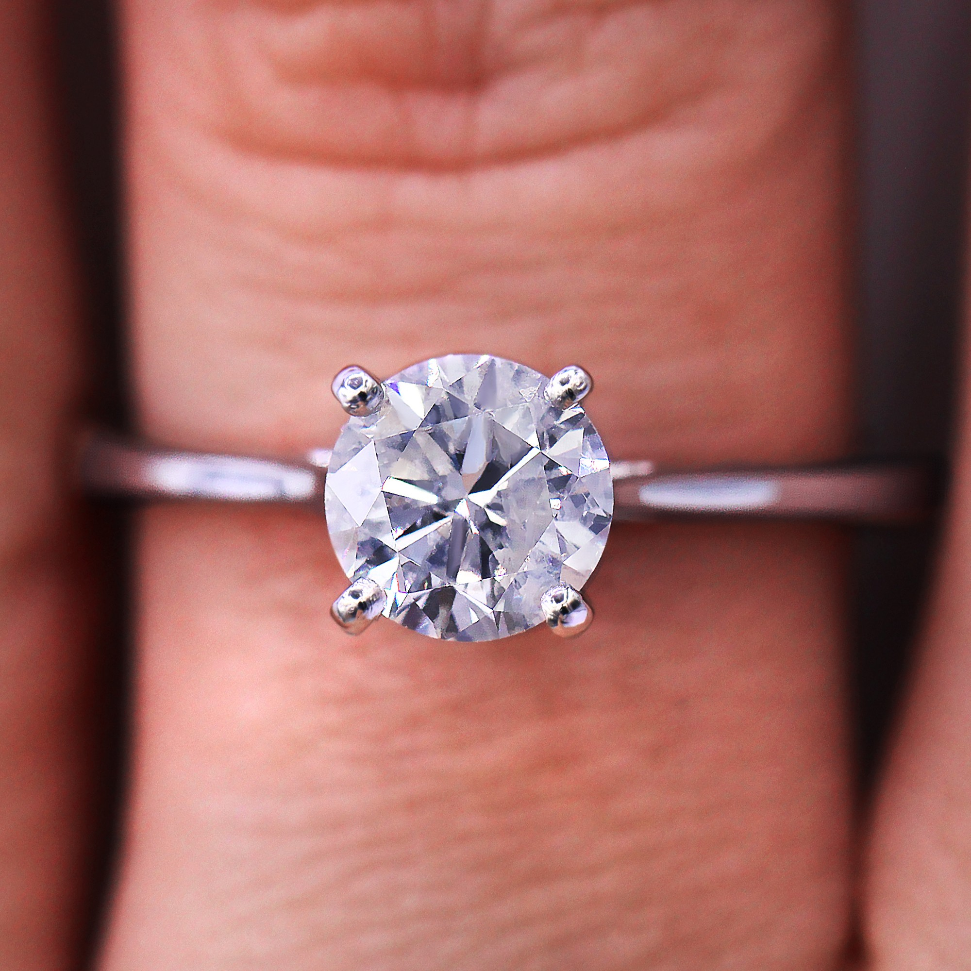 Classic and Petite 0.95carat solitaire diamond ring