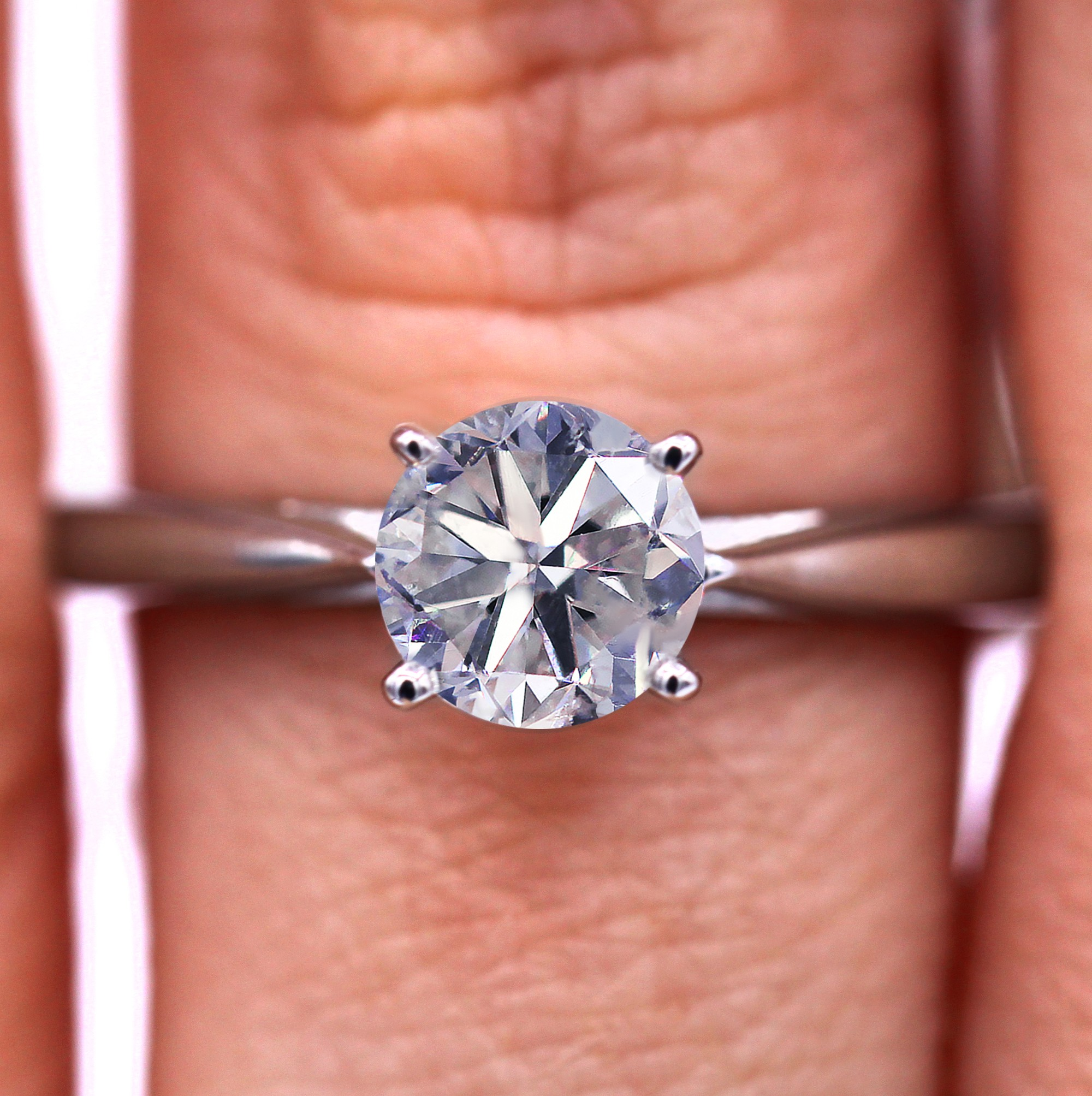 Certified 0.90 carat solitaire diamond ring