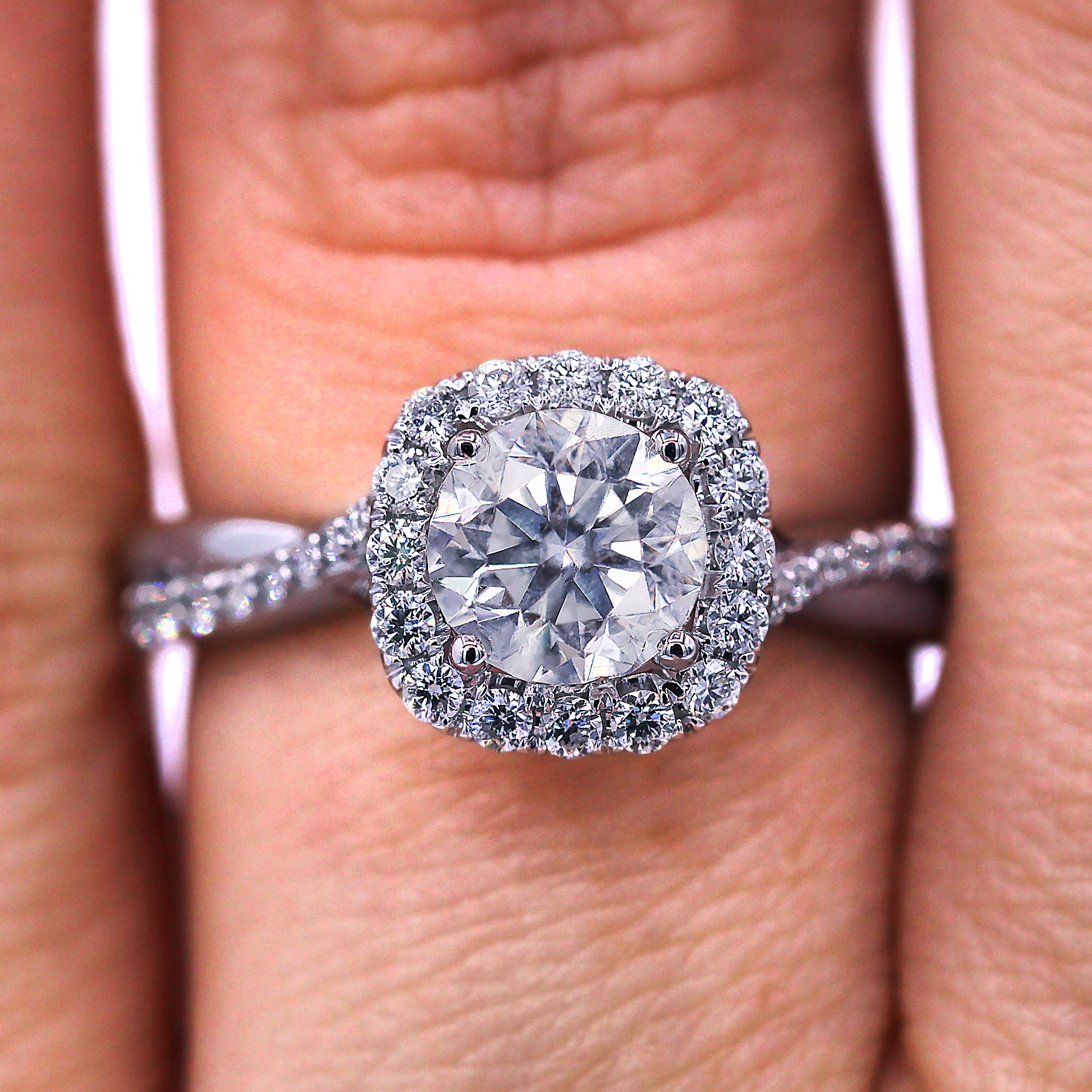 Stunning twisted Halo diamond engagement ring