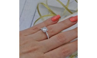 VIDEO!Fantastic Engagement Ring with Center Cushion Cut 1.01ct Diamond