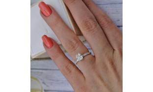 Engagement Ring with Center Cushion Cut 1.03ct Diamond