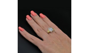 Video! Cocktail Ring with 7.52 ct of Total Diamond Weight