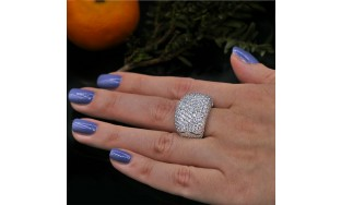 Video! Cocktail Ring with 5.50 ct of Total Diamond Weight