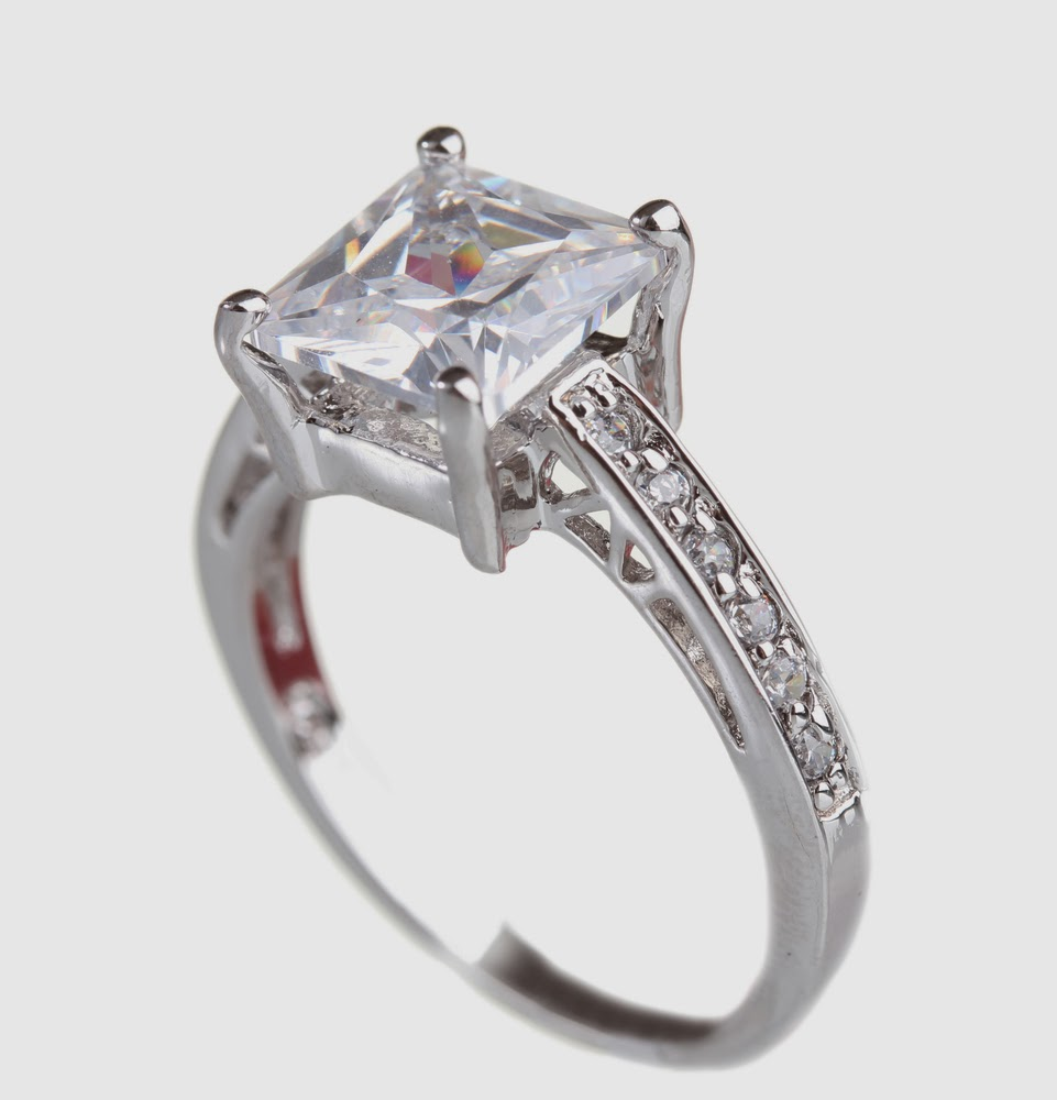 selling your engagement ring 4 tips to help you sell a memory have